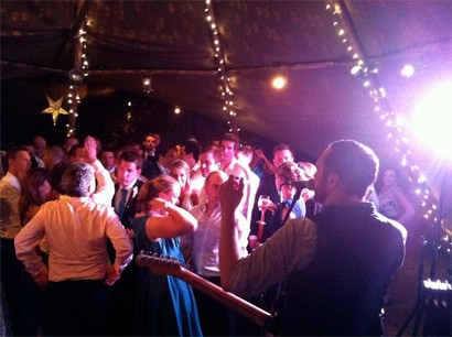 Booking a wedding band: How to ensure everything runs smoothly on your wedding day