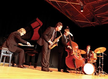 Complete guide to booking a Jazz Band