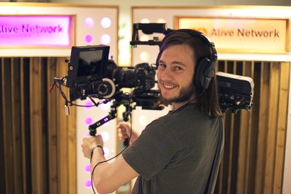 how to become a music video producer