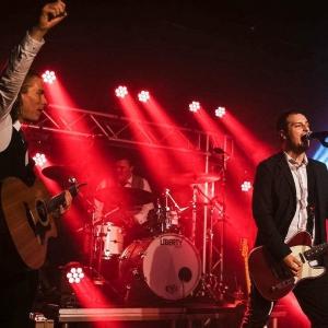 Rock n Roll Dogs | Swing Jive Rock n Roll Band West Midlands | Alive