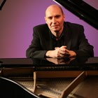 Gary Davies, Pianist for hire in Stirlingshire area