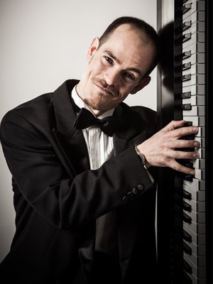 Top 10 Pianists For <br />Weddings In 2014