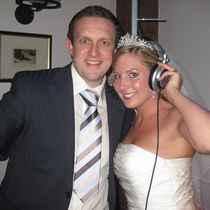 Michael Scott, Wedding DJ