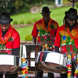 http://www.alivenetwork.com/images/bands/TheIslandBoysSteelBand-Steel-Band-Manchester-1-Largest-300x300.jpg