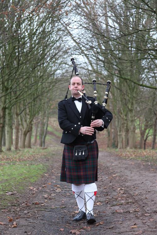 AK Piper | Bagpipe Player Shropshire | Alive Network