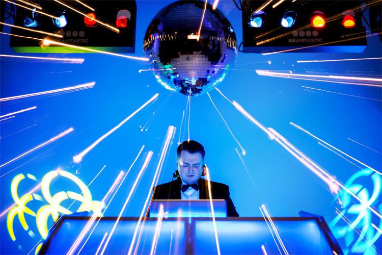 Top 5 Corporate Event DJs of 2014