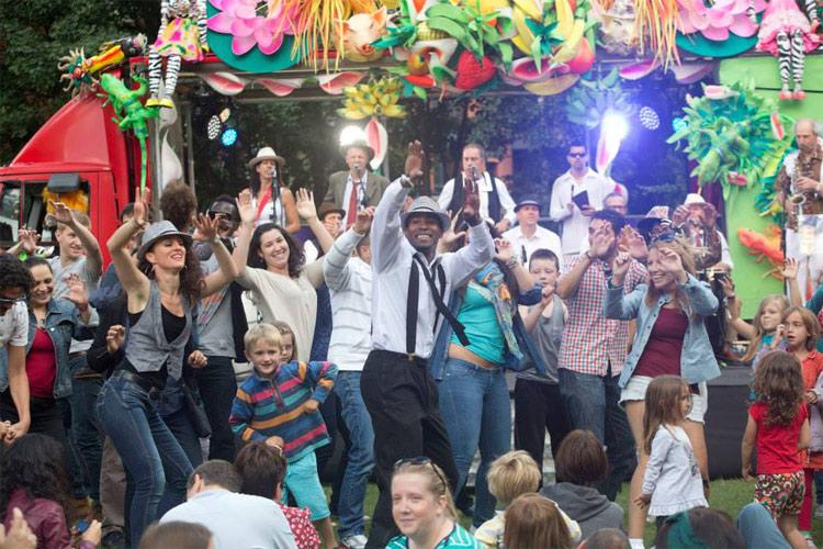 Carnival Dancers