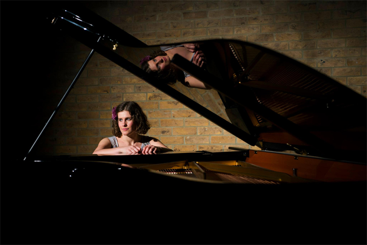 Hannah Daisy Singer Pianist Oxfordshire Alive Network Vocally, brown was never less than rapturous. brown's tosca is not to be missed. hannah daisy singer pianist