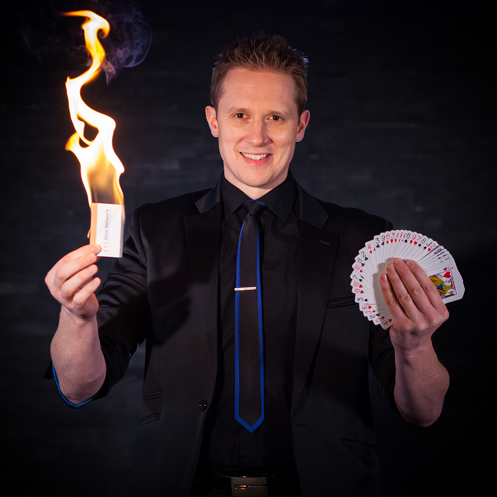 Martin Reed wedding magician