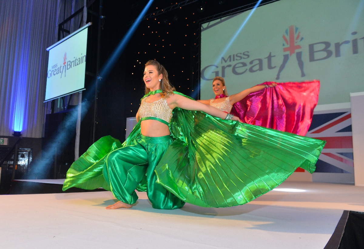 Bollywood Beauties Dance Group Leicestershire Alive Network Hugo Boss Endrio Hitam Promo Photos 33