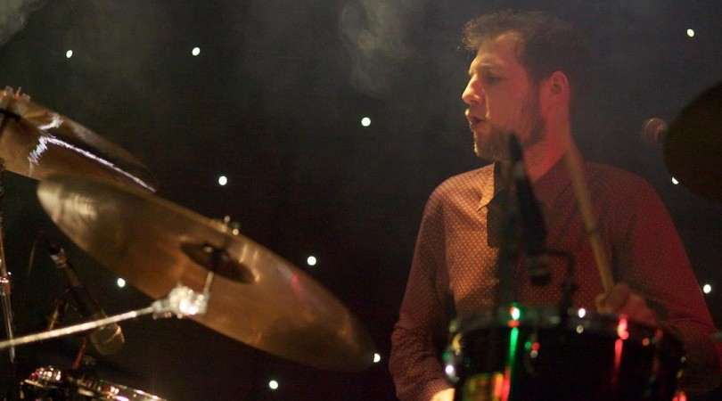 Hipster Thommy on drums